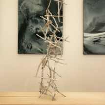 Prickle Column, 2014, 63 x 29 x 20 cm newspaper-japanese paper-wire-rope, background view is Painting of Susanne Knaack Photo : Takayuki Daikoku