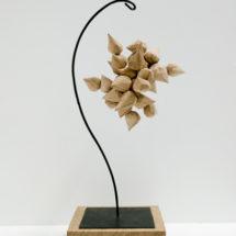 woodberry No.1,2016,oakwood-steel-paint,36×15×12.5 cm photo:Takayuki Daikoku