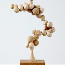 """ウッドセル """"Wood Cell"""" , 2012, 28 x 16 x 9 cm, 楓・ブナ・トネリコ・オーク Ahorn-, Buchen-, Eschen- und Eichenholz; Foto: Jürgen Baumann"""